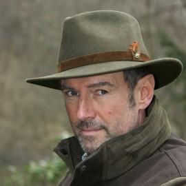 Vilnonė skrybėlė
